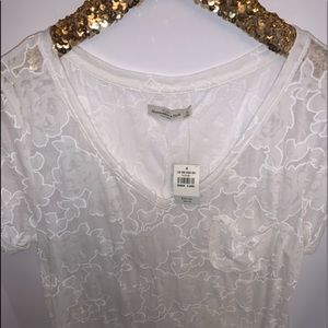 Abercrombie Lace NEW White Flower top